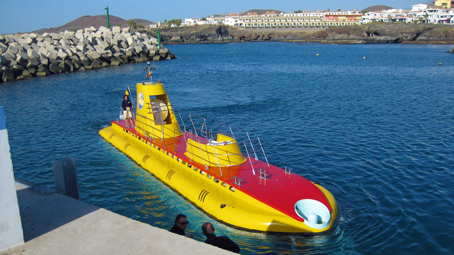 Tenerife-submarine-safari