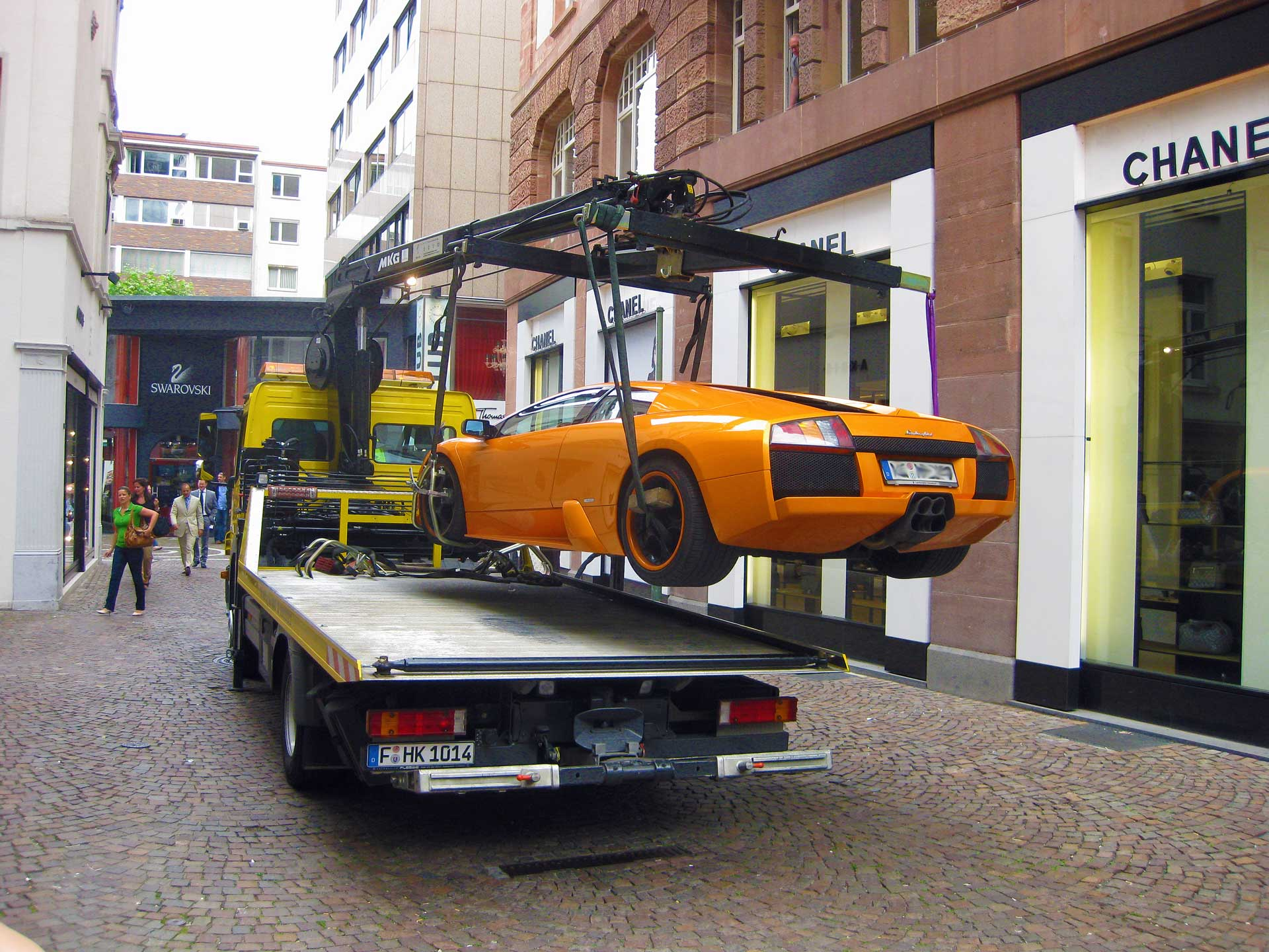 car-towing-in-germany-1