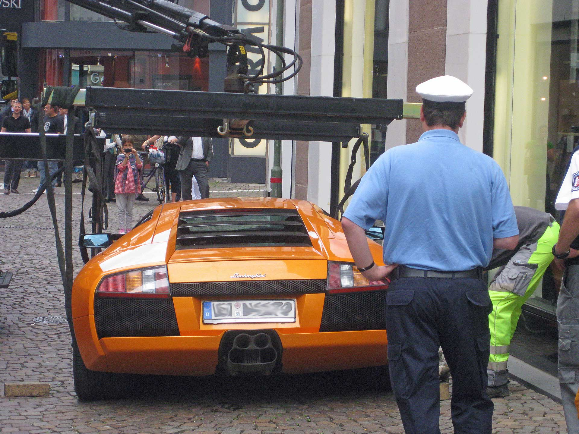 car-towing-in-germany-2