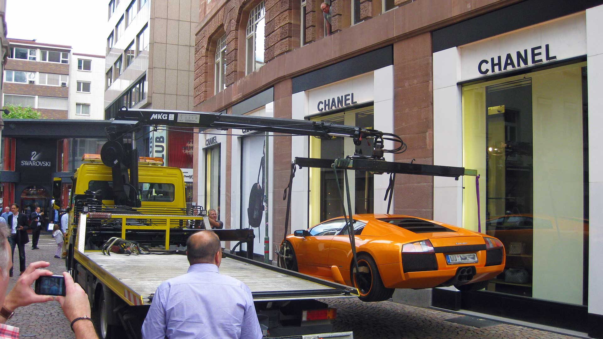 car-towing-in-germany-3