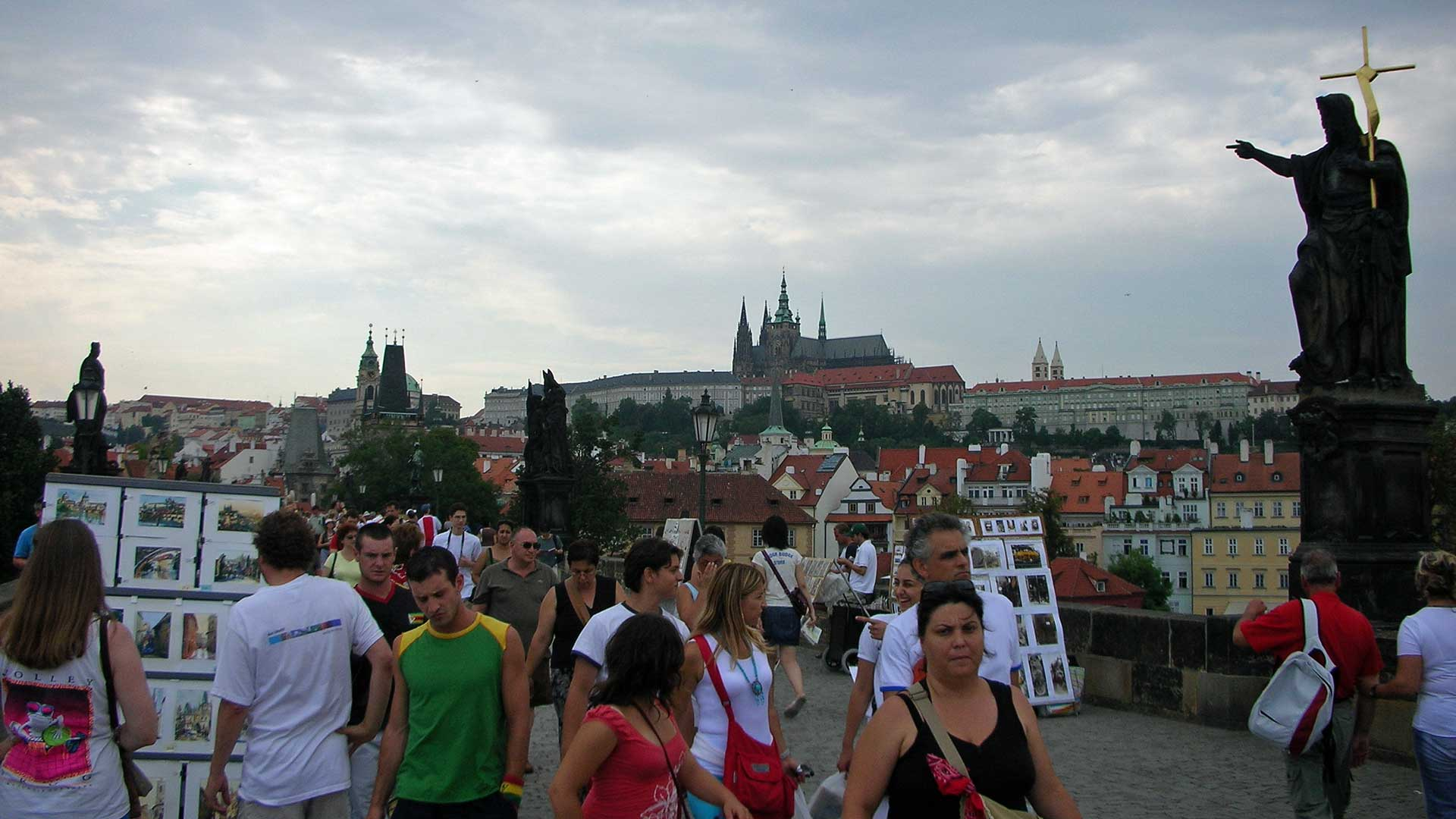 charles-bridge-prague-7