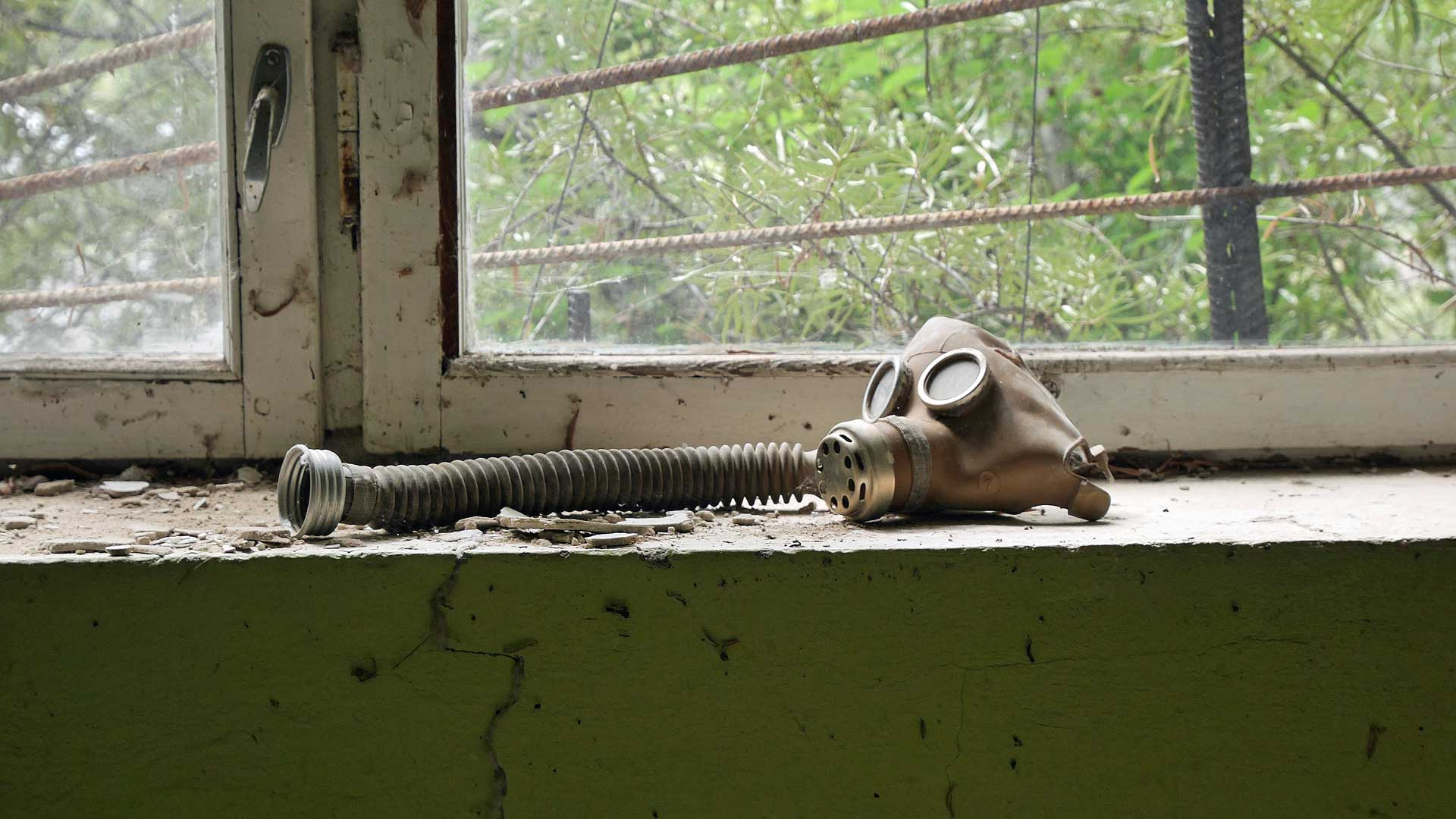 chernobyl-abandoned-research-laboratory-3