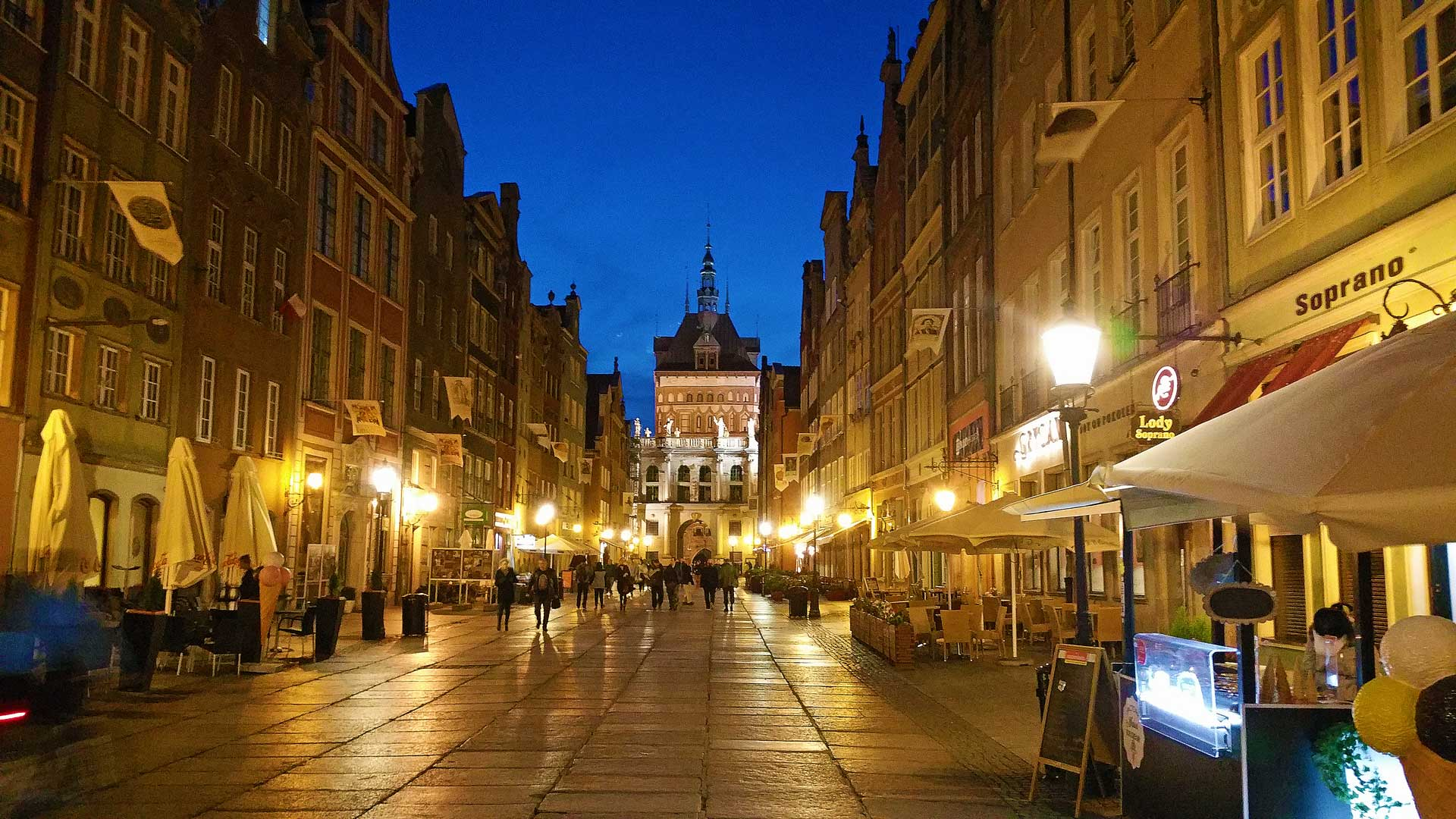 gdansk-poland-authumn-evening-1