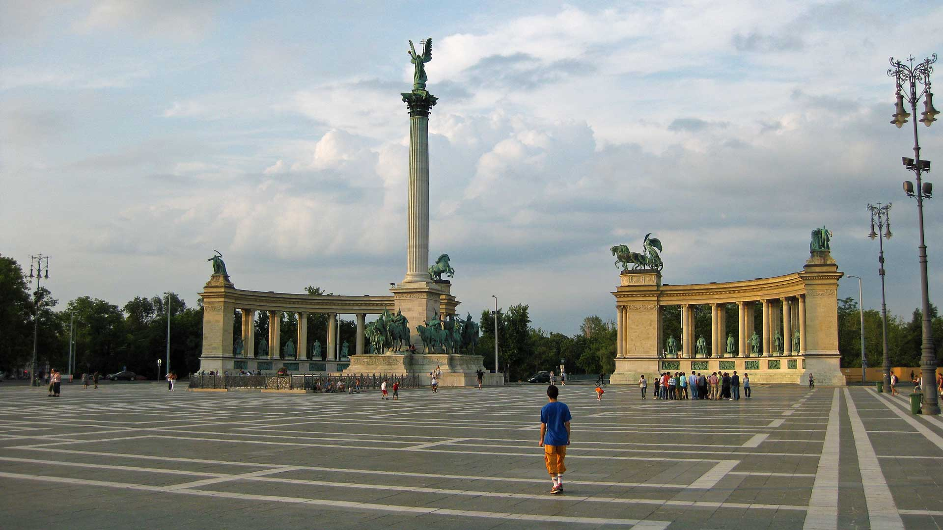 heroes-square-budapest-1