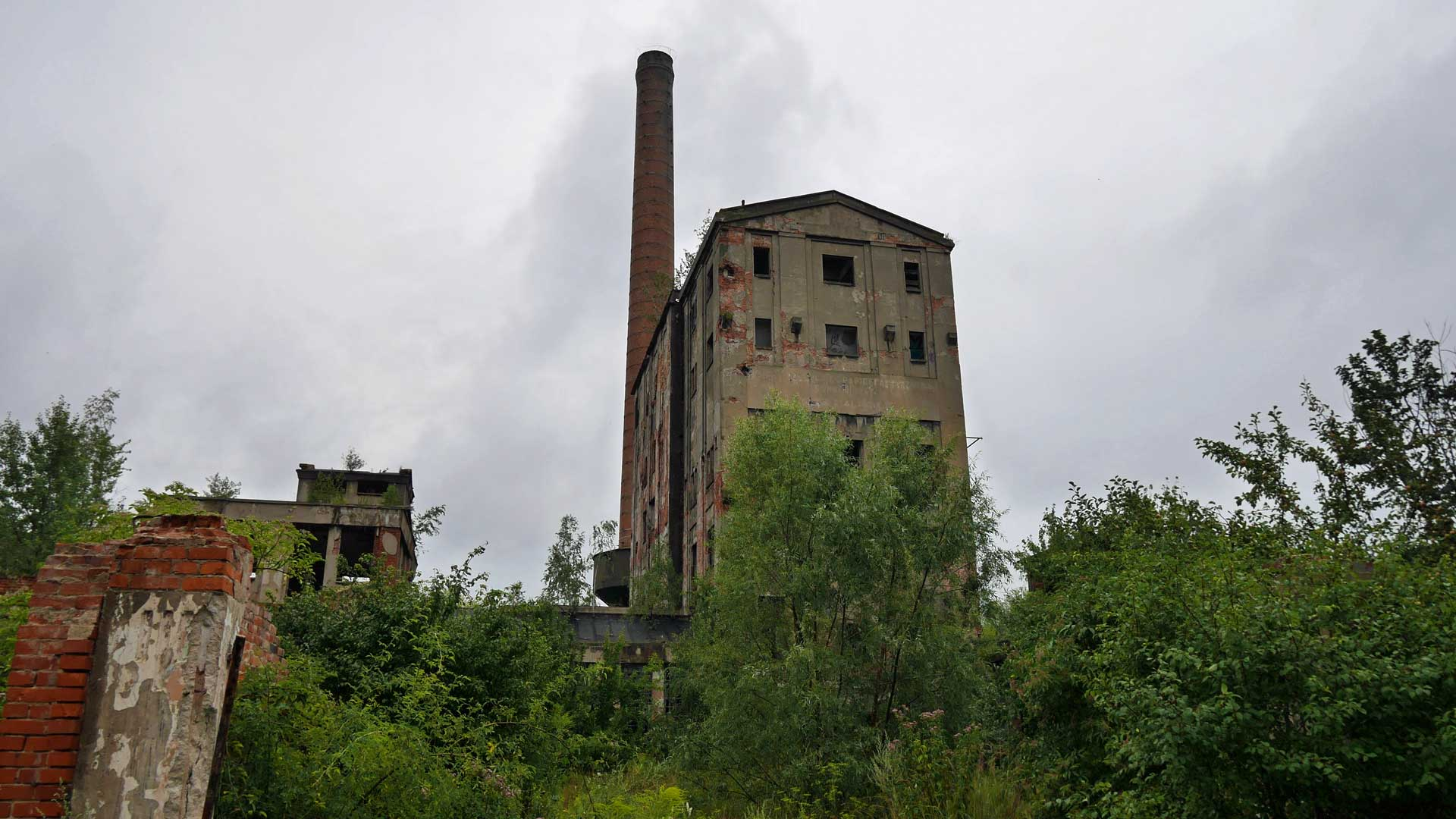 poland-abandoned-cellulose-factory-1