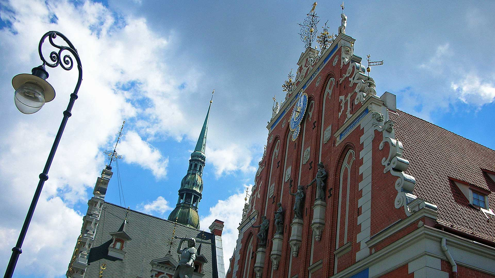 riga-old-town-1