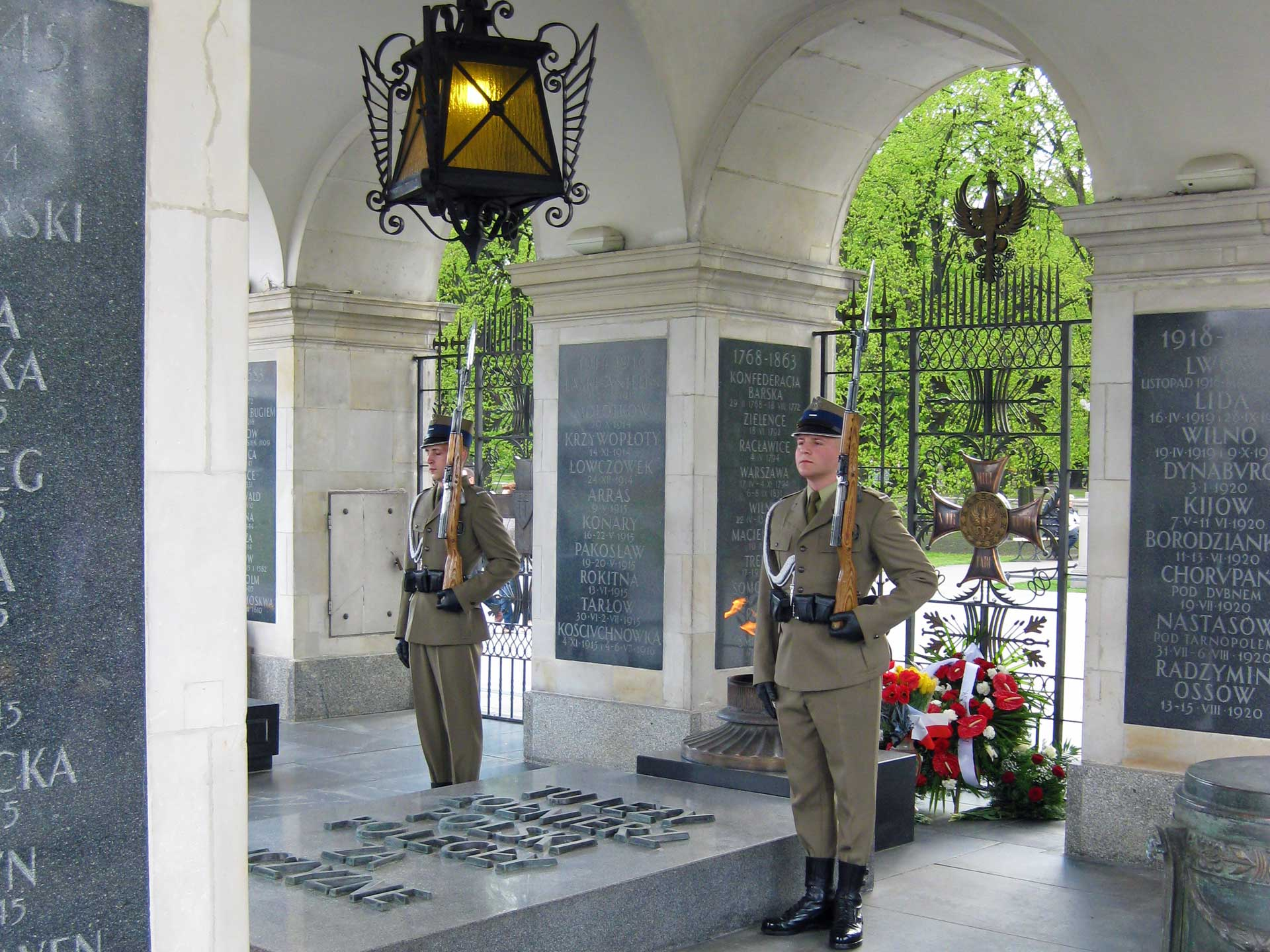 tomb-of-the-unknown-soldier-2