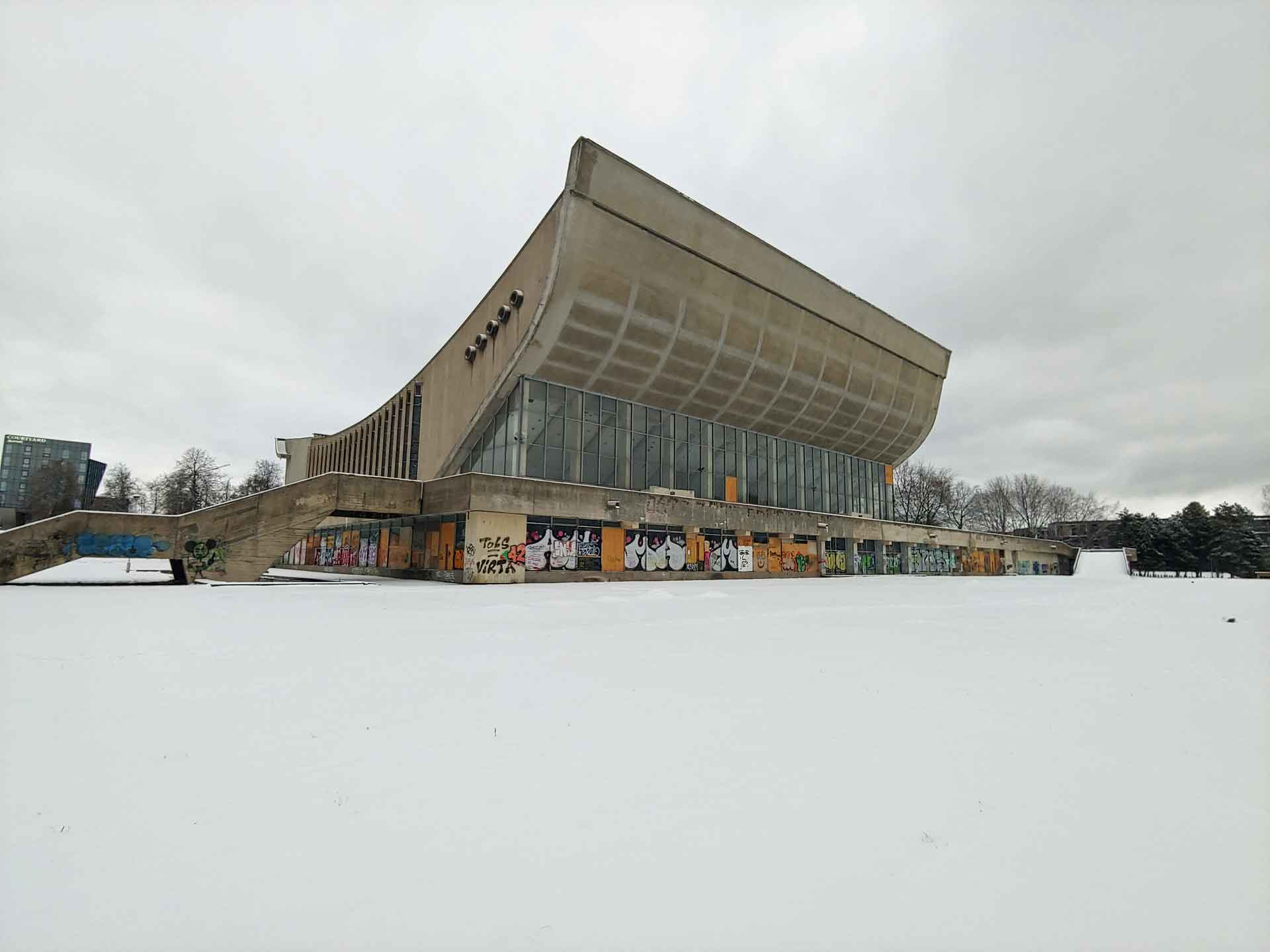 Vilnius-Palace-of-Concerts-and-Sports-1